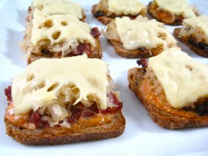 Delectable, Skinny and Mini Reuben Appetizers Recipe with Weight Watchers Points